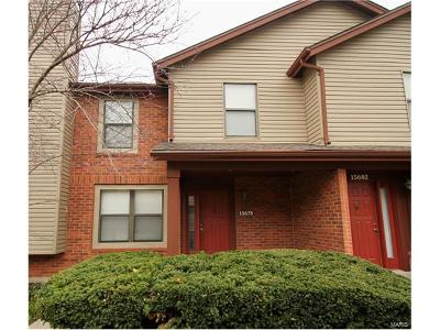 Chesterfield Condo/Townhouse For Sale: 15678 Ferncreek Drive #E