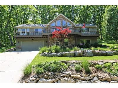 Marthasville, Lake Sherwood Single Family Home For Sale: 2025 Moat Lane
