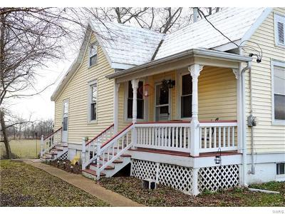 Marthasville Single Family Home For Sale: 11727 Bluff Road