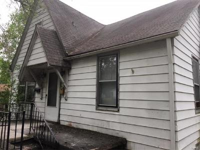 Cahokia Single Family Home For Sale: 438 Chaudet Avenue