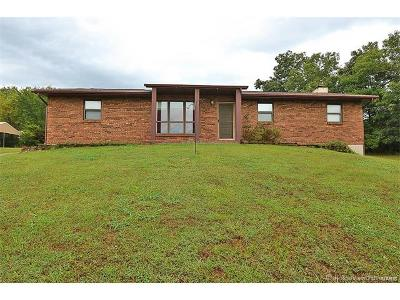 Potosi Single Family Home For Sale: 11146 West Hwy 8