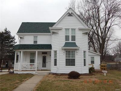 Pike County Single Family Home Contingent w/Kickout: 110 North Broadway