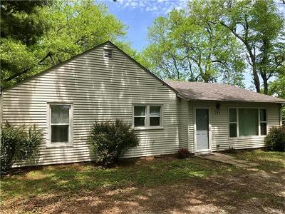 O'Fallon Single Family Home For Sale: 706 West Highway 50