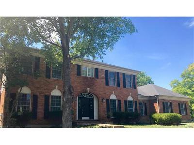Warson Woods Single Family Home For Sale: 1427 Warson Oaks