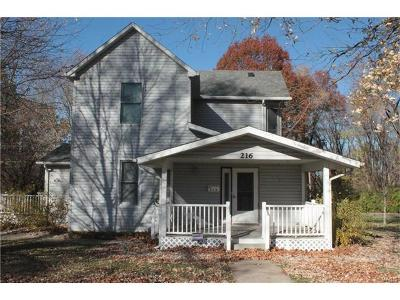 Troy Single Family Home For Sale: 216 Montgomery