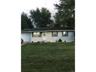 St Jacob Single Family Home For Sale: 106 Irene