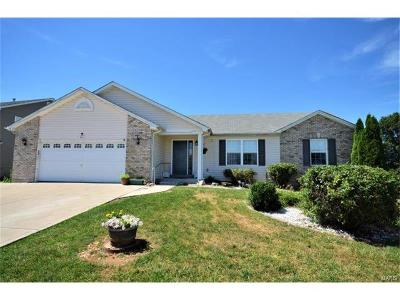 Wentzville Single Family Home Contingent No Kickout: 601 Thompson Pass Lane
