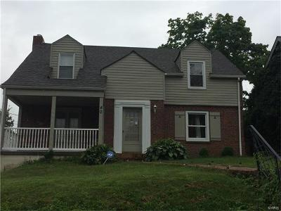 Single Family Home For Sale: 40 Royal Avenue