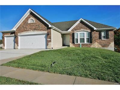Fenton Single Family Home For Sale: Oak Ridge Place - Arlington