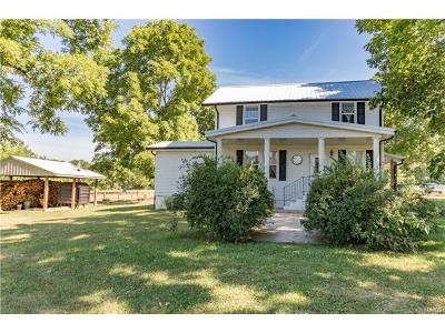 Potosi Farm For Sale: 10431 Stavern