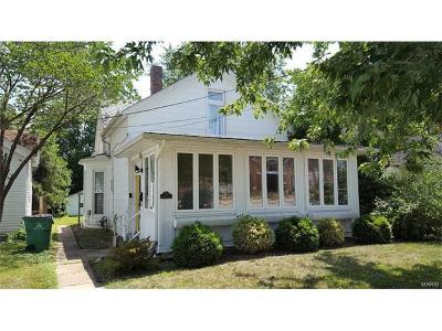 Franklin County Single Family Home For Sale: 512 West St. Louis Street