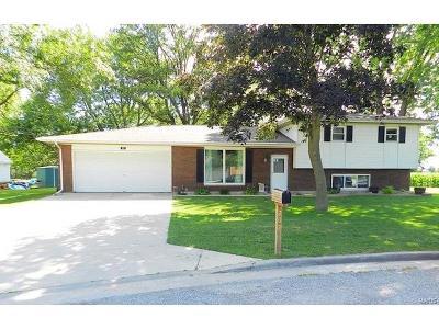 St Jacob Single Family Home For Sale: 207 Jacob Court