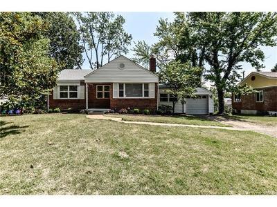 Single Family Home For Sale: 658 Deerhurst