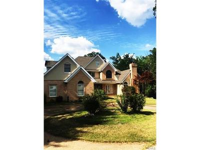 St Charles County Single Family Home For Sale: 303 Yard