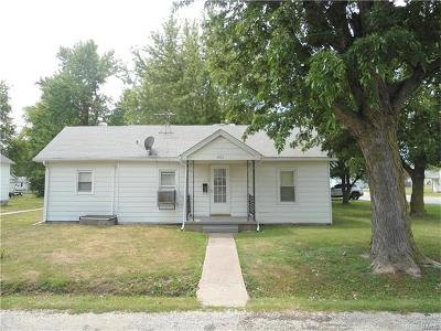 Jerseyville Single Family Home For Sale: 201 Sherman
