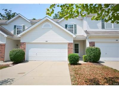 O Fallon Condo/Townhouse For Sale: 424 Flowering Magnolia Drive