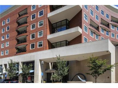 Clayton Condo/Townhouse For Sale: 155 Carondelet Plaza #610