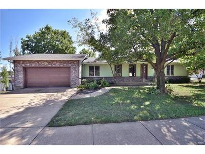 Fenton Single Family Home For Sale: 1478 Flora Del Drive