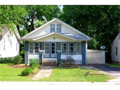 Edwardsville IL Single Family Home For Sale: $125,000