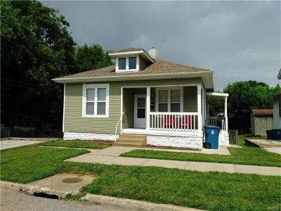 Collinsville Single Family Home For Sale: 218 Harrison Street