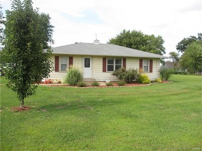 New London MO Single Family Home For Sale: $122,900