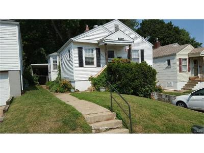 Single Family Home For Sale: 1505 Central Avenue