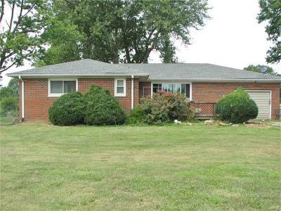 Alton IL Single Family Home For Sale: $139,900