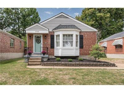 Brentwood Single Family Home Contingent No Kickout: 2323 Hill Avenue