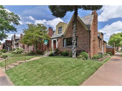 St Louis Single Family Home For Sale: 6201 Murdoch Avenue