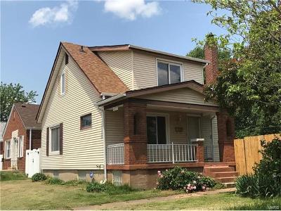 St Louis Single Family Home For Sale: 5213 Sunshine