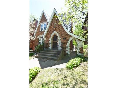 St Louis Single Family Home For Sale: 5820 Neosho