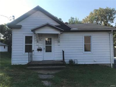 Edwardsville IL Single Family Home For Sale: $93,500