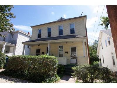 Alton IL Multi Family Home For Sale: $67,500