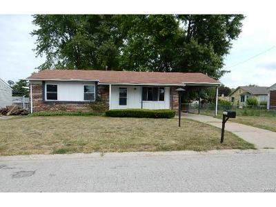 St Charles MO Single Family Home For Sale: $92,500