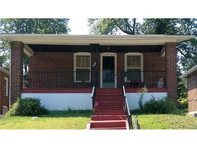 St Louis Single Family Home For Sale: 7014 Edison Avenue