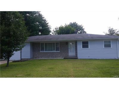 St Charles, Weldon Spring Single Family Home For Sale: 8 San Jose Drive