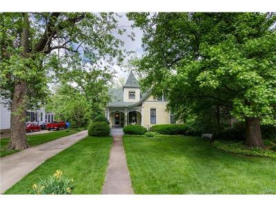 Edwardsville Single Family Home For Sale: 321 West 4th Street
