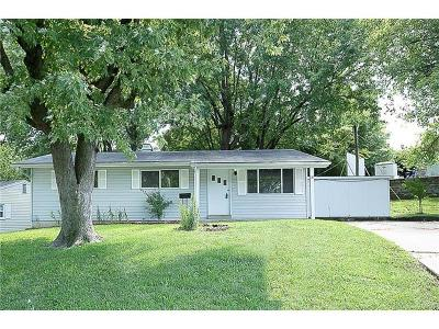 ST CHARLES Single Family Home For Sale: 18 Woodlawn Drive