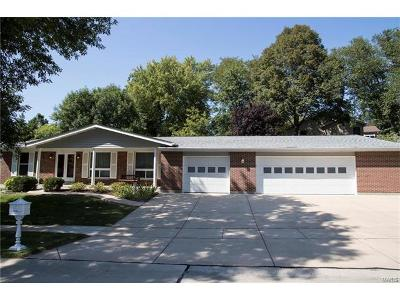 Creve Coeur Single Family Home For Sale: 12181 Westward Drive