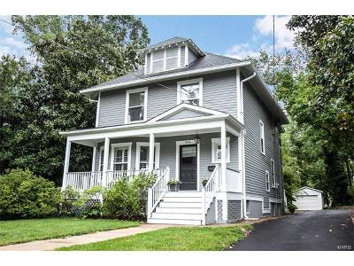 Webster Groves Single Family Home For Sale: 866 Newport Avenue