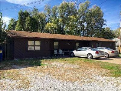 Cahokia Multi Family Home For Sale: 132 Judith Lane