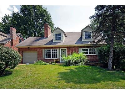 Webster Groves Single Family Home For Sale: 638 Hollywood