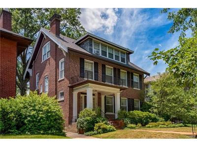 Clayton Single Family Home For Sale: 24 Aberdeen Place