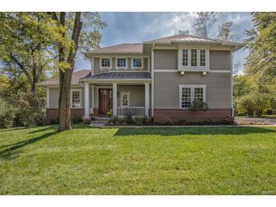 Ladue Single Family Home For Sale: 10124 Fieldcrest Lane