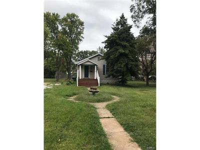 Single Family Home For Sale: 11 Saint Charles