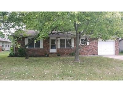 Edwardsville Single Family Home For Sale: 1207 Key Largo