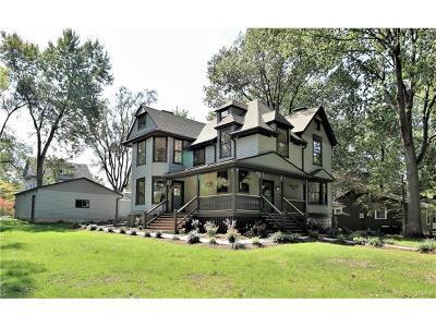Webster Groves Single Family Home For Sale: 322 Clark Avenue