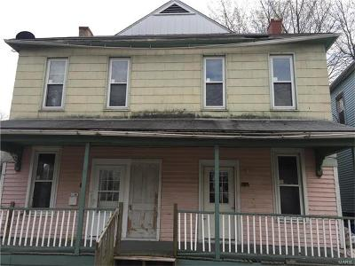 Alton IL Multi Family Home For Sale: $45,000