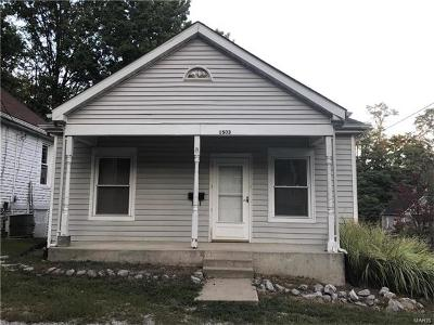 Alton IL Single Family Home For Sale: $34,900