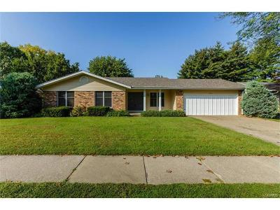 ST CHARLES Single Family Home For Sale: 3313 Town And Country